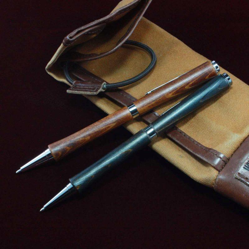 ペンケースと漆ペン